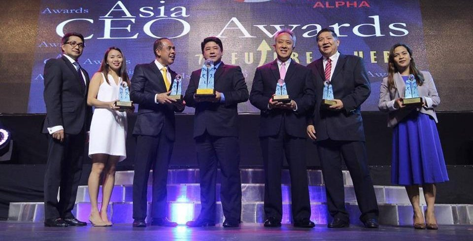 Sta.-Lucia-Land-Inc.-Asia-CEO-Awards-2016-Heart-for-OFWs-Company-of-the-Year-1